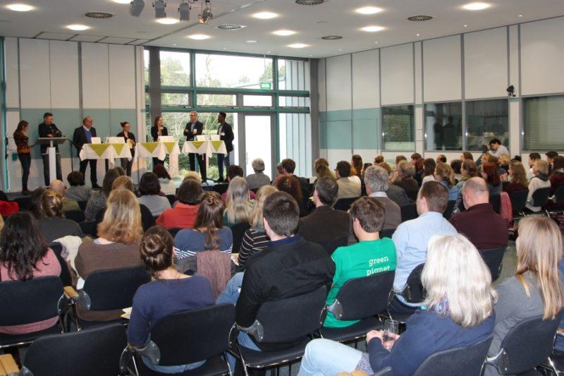 Podiumsdiskussion auf der Landeskonferenz des Eine Welt Netz NRW 2018